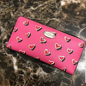 New Coach Limited Edition Valentine's Day Wallet